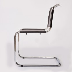 STAM CHAIR