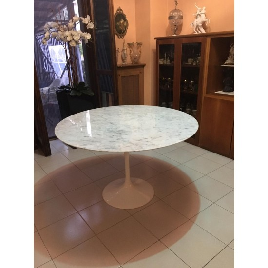 TULIPANO TABLE ROUND OR OVAL CARRARA MARBLE