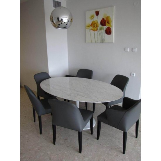 TULIP TABLE ROUND OR OVAL CARRARA MARBLE